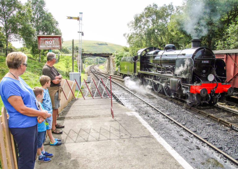 Purbeck Community Rail Partnership Gallery Norden Railway Station 01 1440x1024px