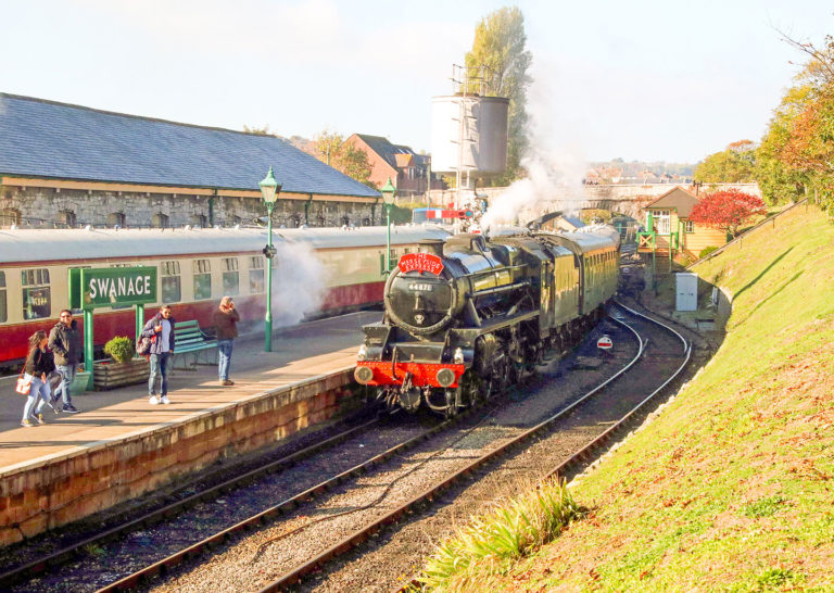 Purbeck Community Rail Partnership Gallery Swanage Railway Station 04 1440x1024px