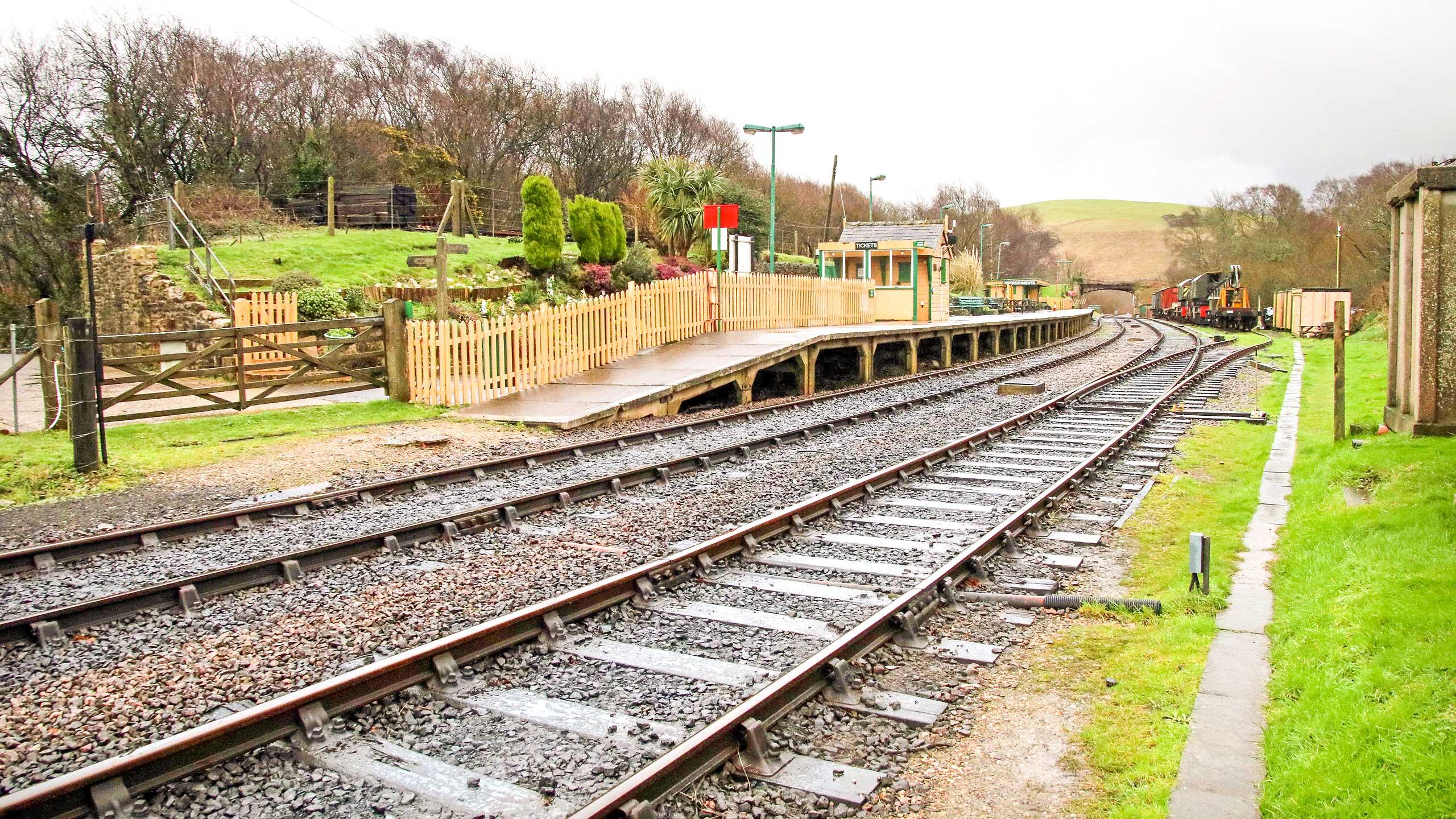Purbeck Community Rail Partnership Sliding Banner Norden Railway Station 09 2560x1440px