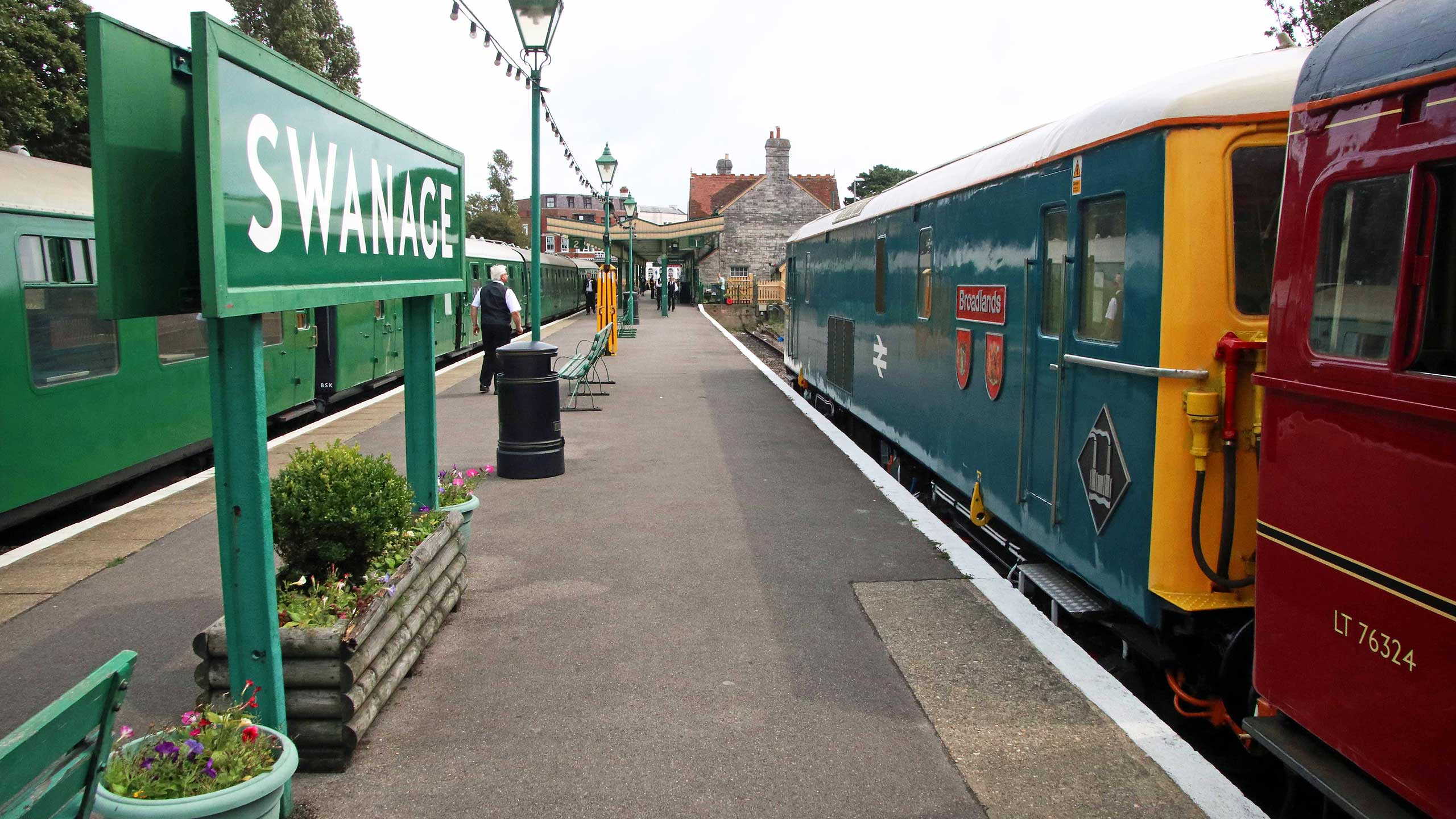 Purbeck Community Rail Partnership Sliding Banner Swanage Railway Station 28 2560x1440px